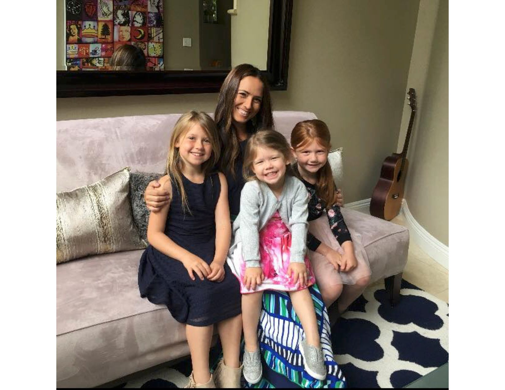 Alicia with daughters, Skylar, Piper, Sydney.